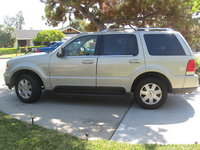 2003 Lincoln Aviator 4 Dr STD AWD SUV picture, exterior