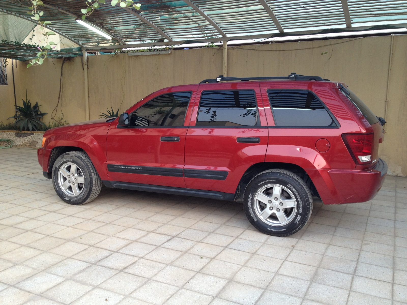 2006 jeep grand cherokee laredo picture exterior. Cars Review. Best American Auto & Cars Review