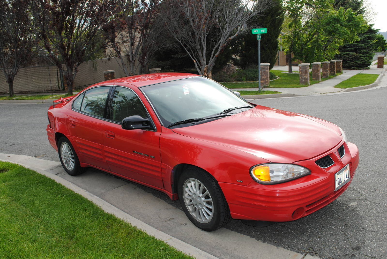 My Wifes First Car Was A 99 Grand Am Just Like This