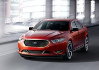 2013 Ford Taurus Overview