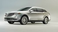 2013 Lincoln MKT Picture Gallery