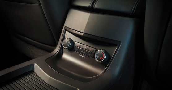 2013 Lincoln MKT, Temperature Controls., manufacturer, interior