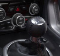 2013 SRT Viper, Close-up of Shift Stick copyright Yahoo Autos., interior, manufacturer