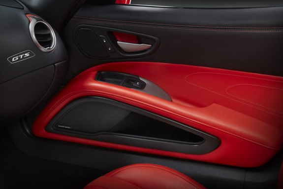 2013 SRT Viper, Side door copyright Yahoo Autos., interior, manufacturer