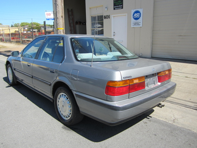 1990 honda accord - pictures