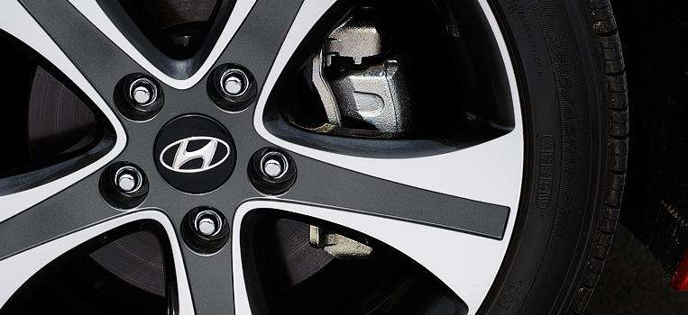 2013 Hyundai Elantra Coupe, Front tire., exterior, manufacturer