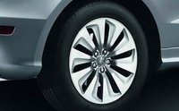 2013 Audi Q5 Hybrid, Front tire., exterior, manufacturer, gallery_worthy