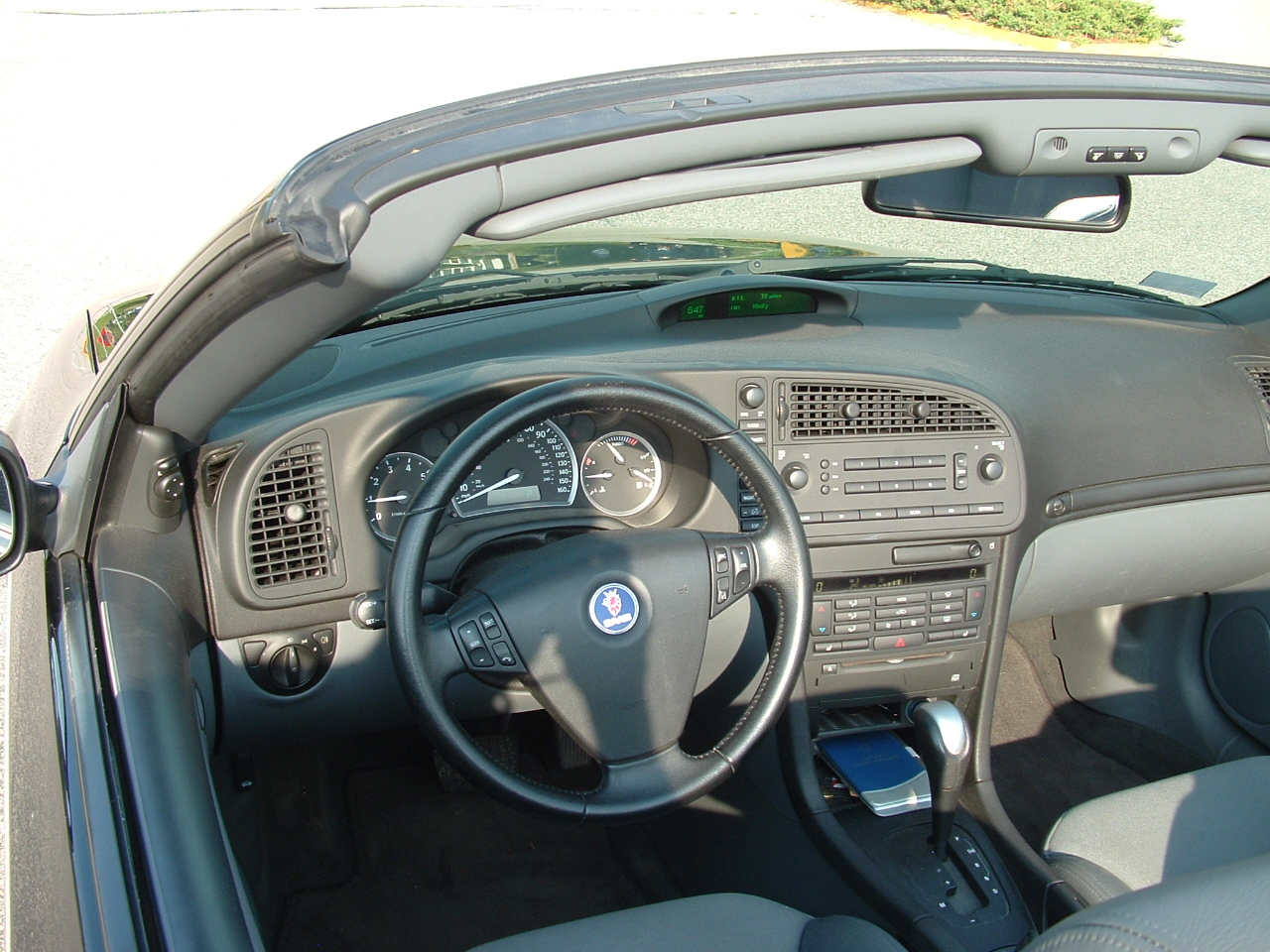 picture of 2005 saab 9 3 linear convertible interior 2495