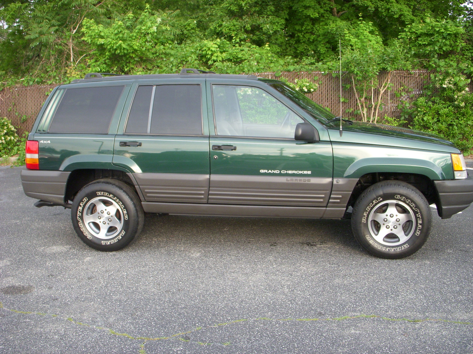 picture of 1998 jeep grand cherokee laredo 4wd exterior. Cars Review. Best American Auto & Cars Review