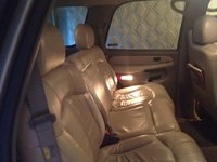 Picture of 2002 Chevrolet Tahoe LS, interior