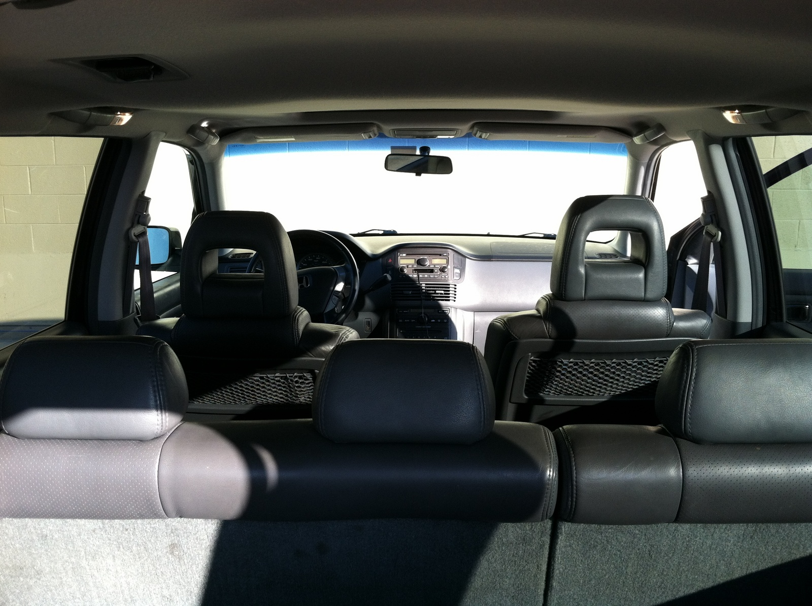 photos of honda pilot photo galleries on flipacars. Black Bedroom Furniture Sets. Home Design Ideas