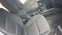 Picture of 2010 Hyundai Elantra Touring GLS, interior