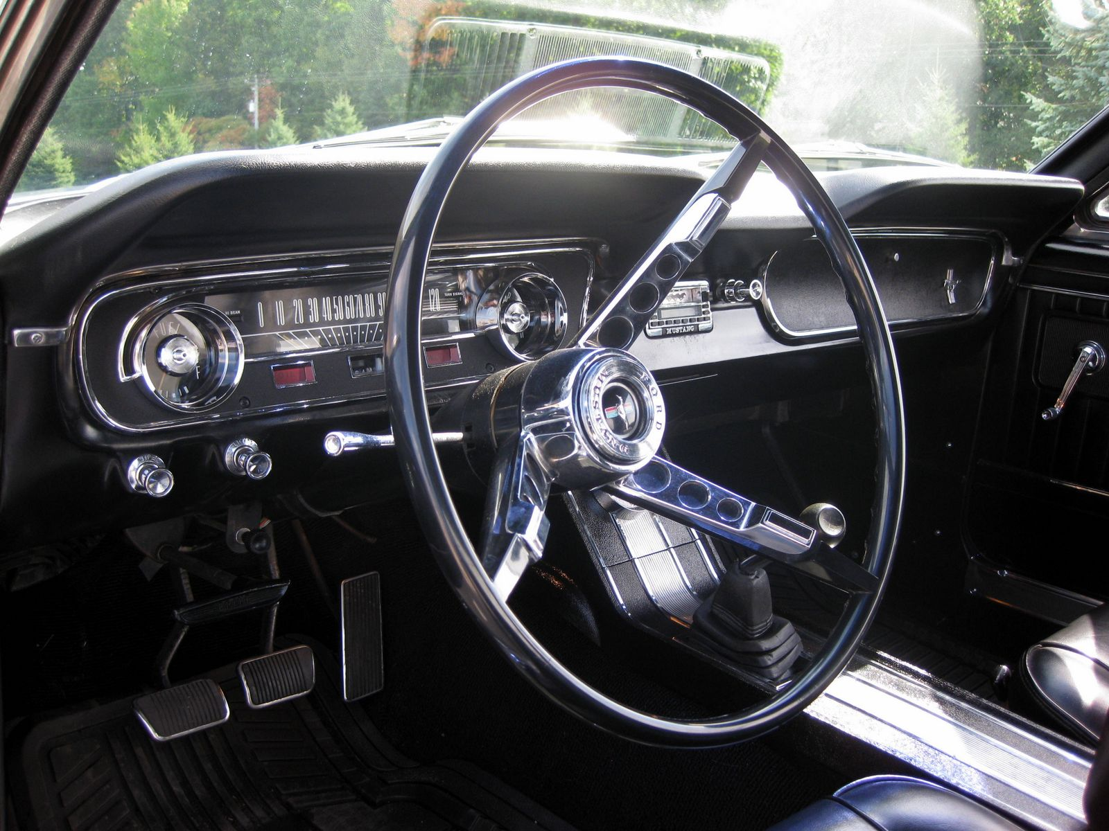 Ford mustang 1965 interior car autos gallery - Interior ford mustang ...