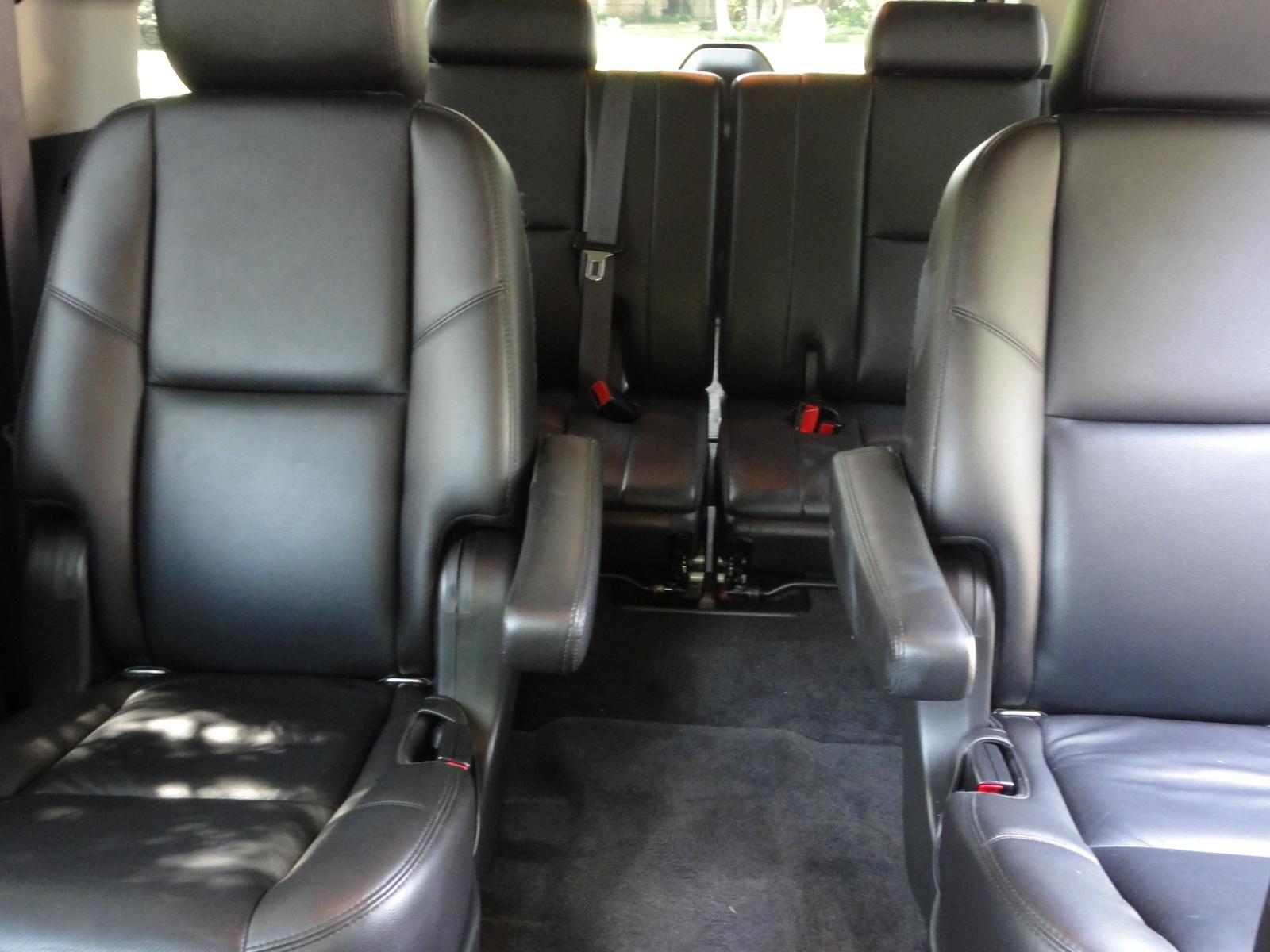 2011 chevrolet suburban interior pictures cargurus - Chevrolet suburban interior dimensions ...