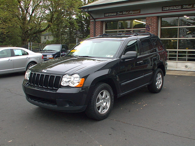 2009 jeep grand cherokee pictures cargurus. Black Bedroom Furniture Sets. Home Design Ideas