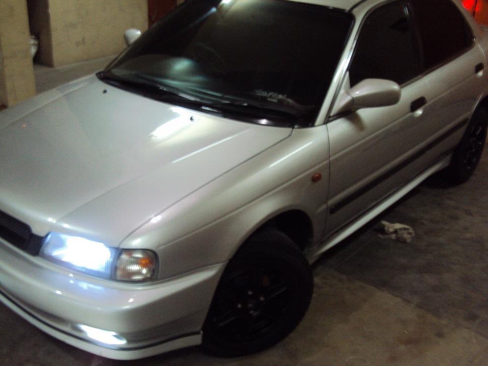 Picture of 2000 Suzuki Baleno