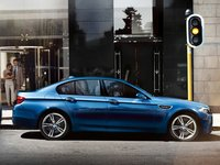 2013 BMW M5, Side View. , manufacturer, exterior