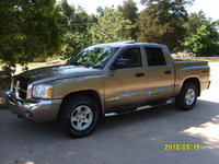 Picture of 2006 Dodge Dakota Laramie 4dr Quad Cab 4WD SB, exterior, gallery_worthy