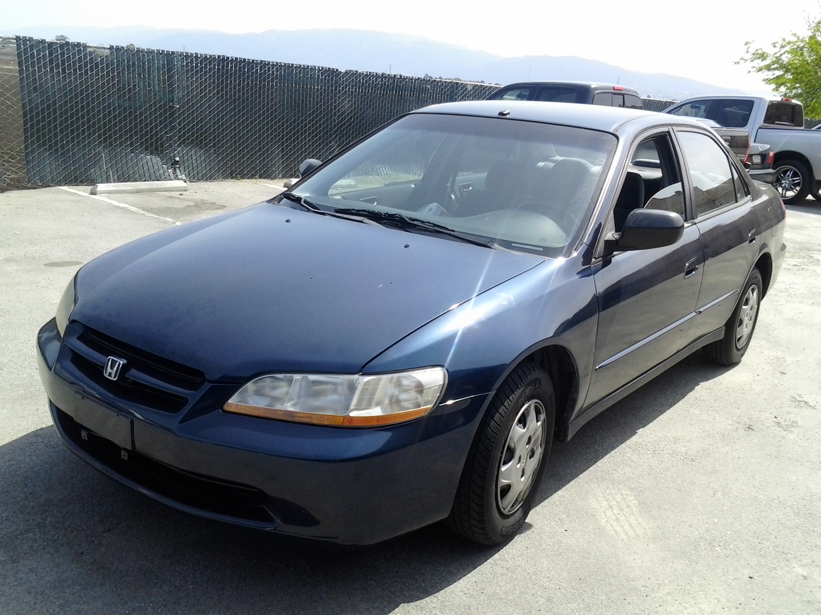 Picture of 2000 Honda Accord DX, exterior