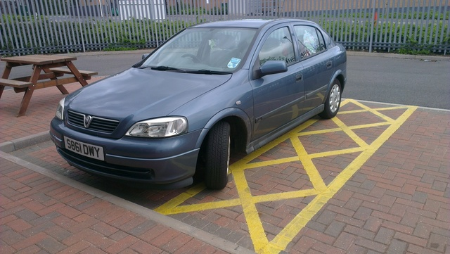 Picture of 1998 Vauxhall Astra