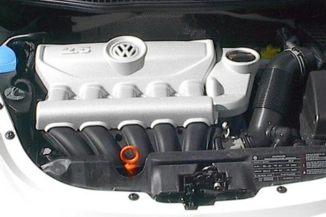Picture of 2009 Volkswagen Beetle S, engine, gallery_worthy