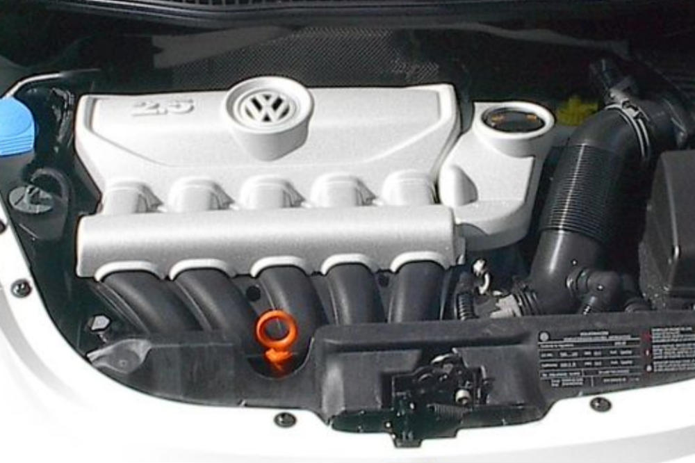 Picture of 2009 Volkswagen Beetle S, engine