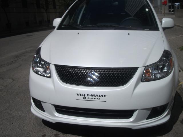 Picture of 2010 Suzuki SX4