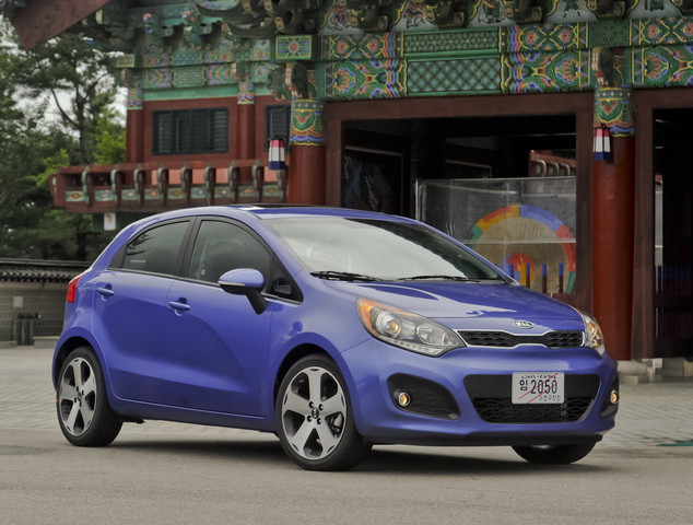 2013 Kia Rio5, Front-quarter view, exterior, manufacturer, gallery_worthy