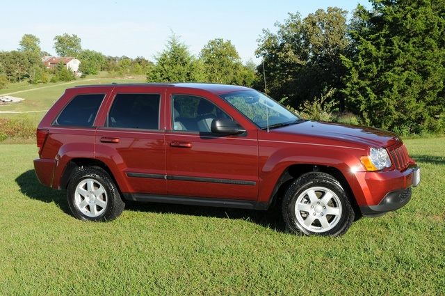 2008 jeep grand cherokee laredo 4wd tracyhe owns this jeep grand. Black Bedroom Furniture Sets. Home Design Ideas