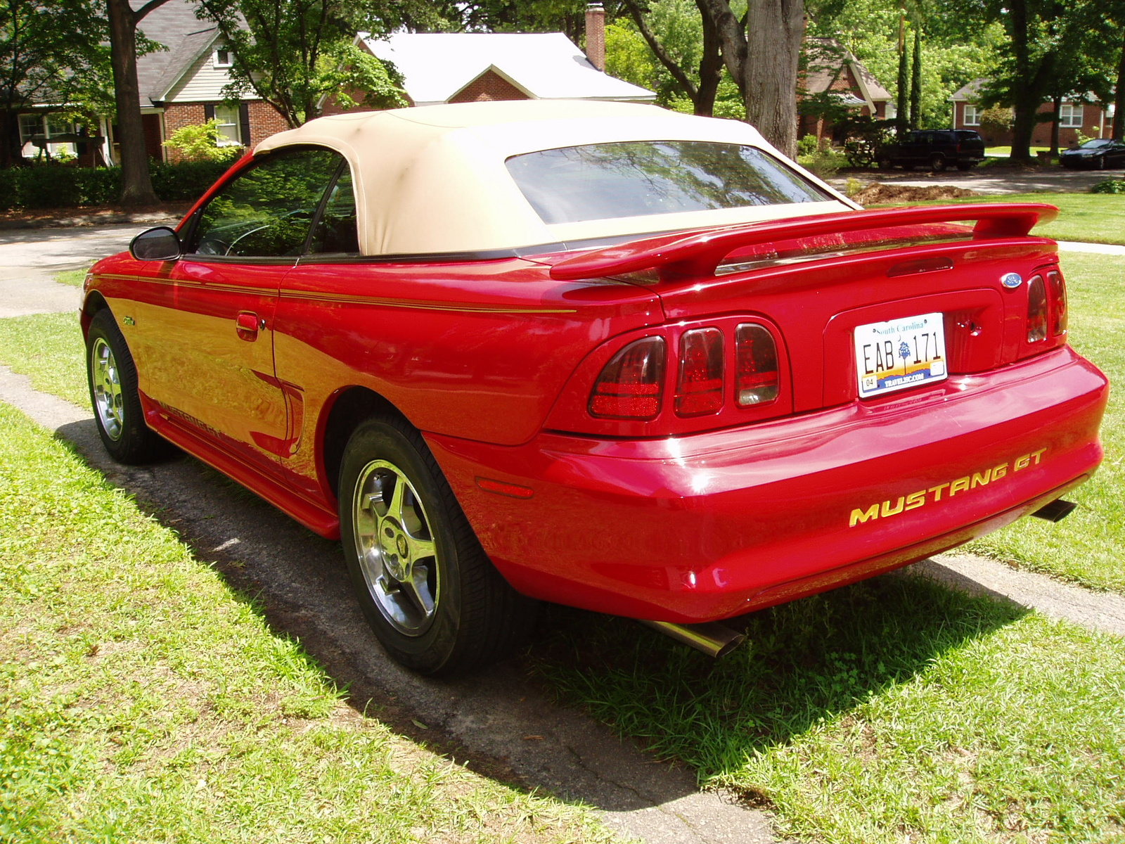 1997 Ford Mustang - Pictures