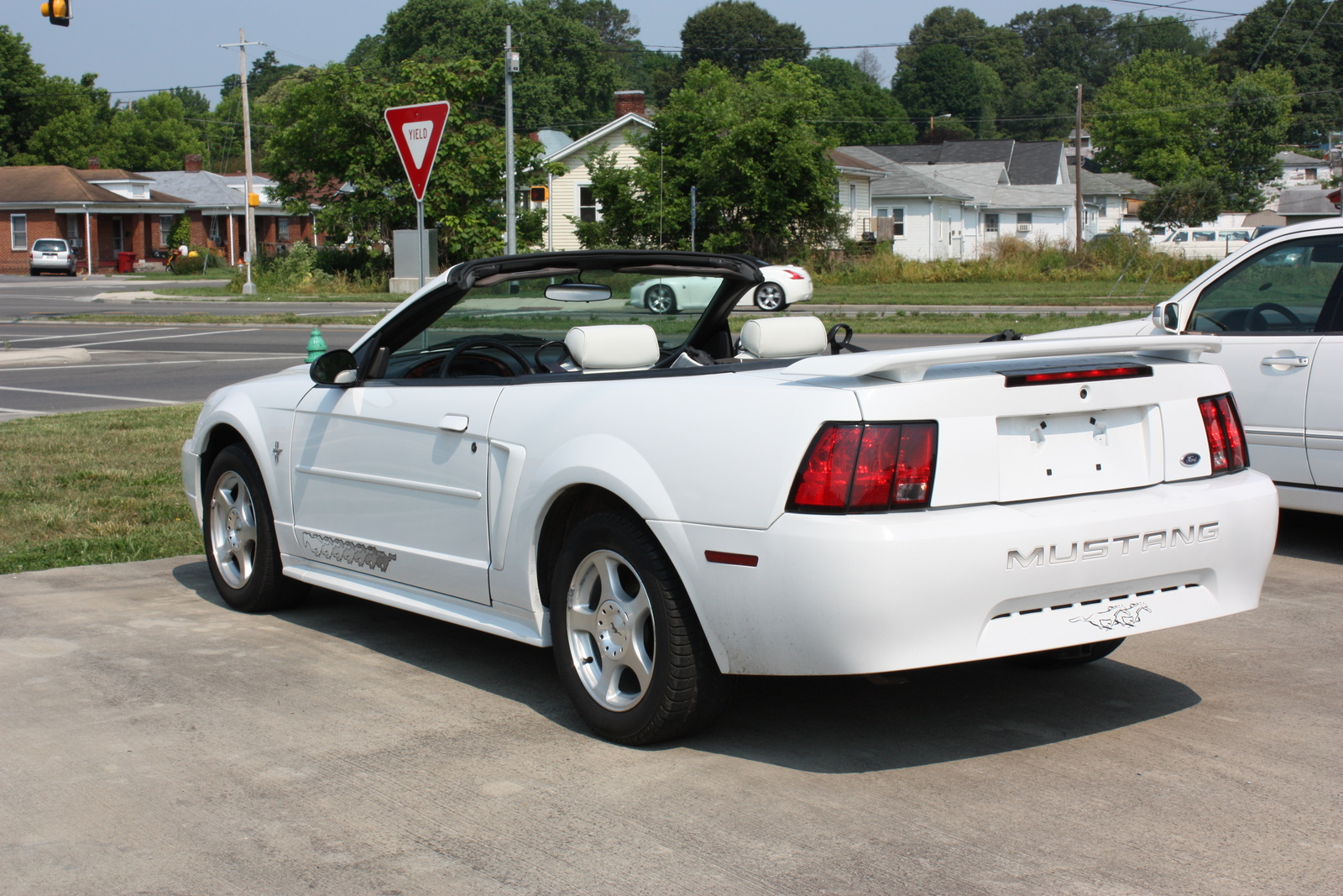 2003 ford mustang convertible car autos gallery. Black Bedroom Furniture Sets. Home Design Ideas