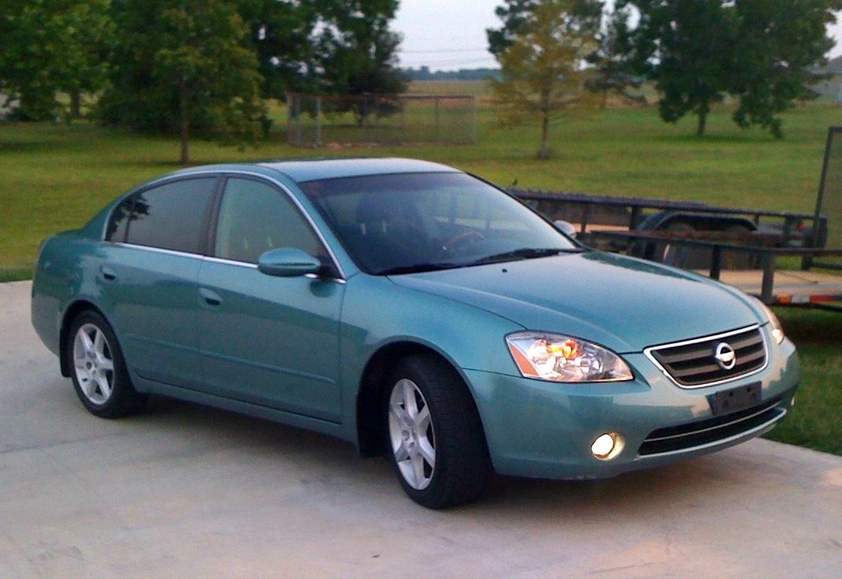 2003 nissan altima consumer reviews the nissan altima 2003 autos post. Black Bedroom Furniture Sets. Home Design Ideas