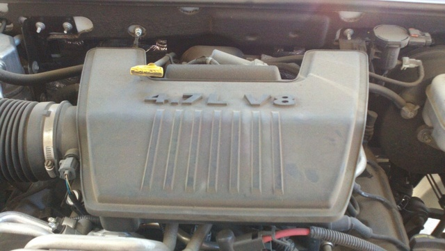 Picture of 2010 Dodge Dakota Laramie Crew Cab 4WD, engine