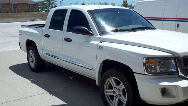 Picture of 2010 Dodge Dakota Laramie Crew Cab 4WD, exterior, gallery_worthy