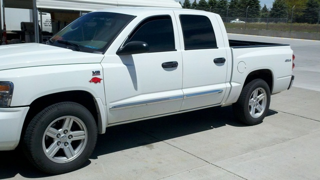 Picture of 2010 Dodge Dakota Laramie Crew Cab 4WD, exterior