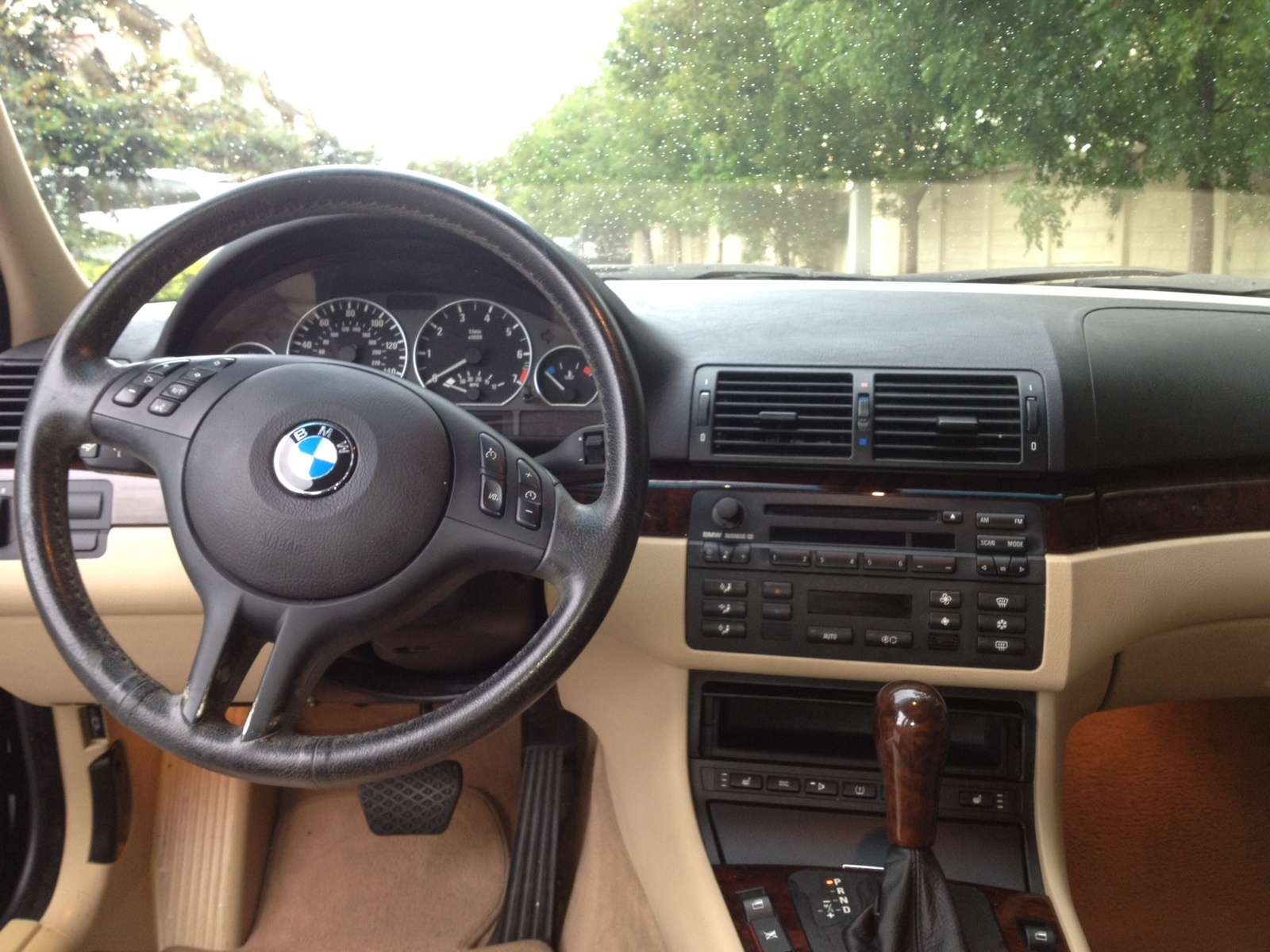2004 bmw 3 series interior pictures cargurus. Black Bedroom Furniture Sets. Home Design Ideas