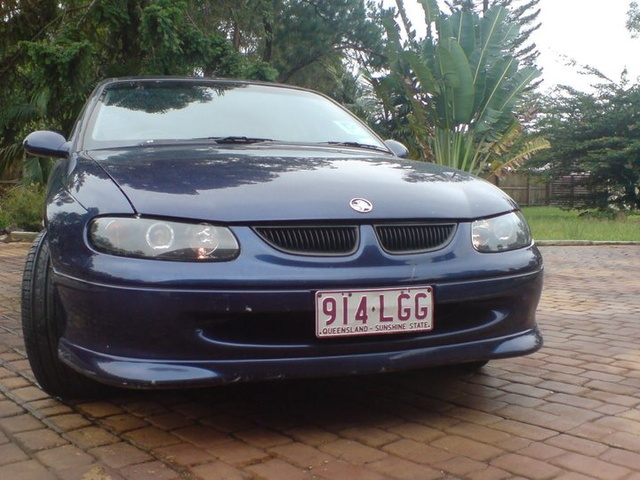 Picture of 1999 Holden Commodore