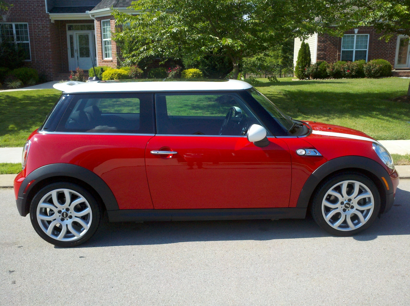2010 mini cooper specs autos post. Black Bedroom Furniture Sets. Home Design Ideas