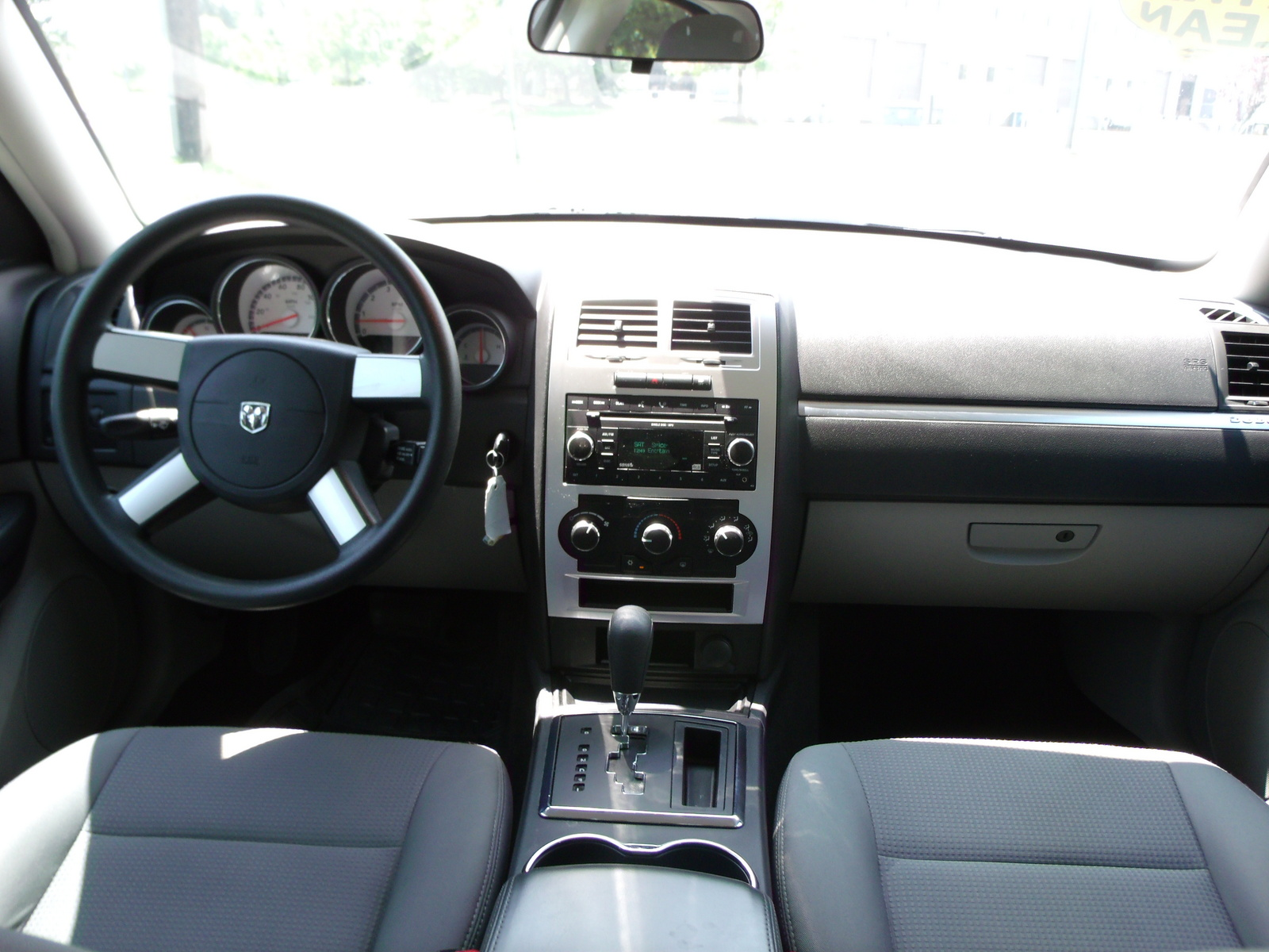 Picture Of 2008 Dodge Charger Se Interior