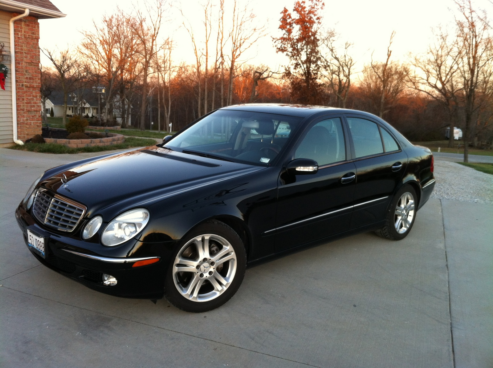 2005 mercedes benz e class pictures cargurus. Black Bedroom Furniture Sets. Home Design Ideas