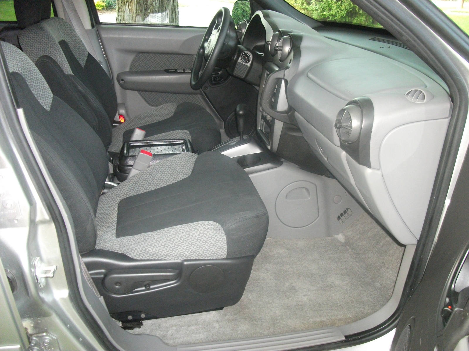 2005 pontiac aztek interior pictures cargurus. Black Bedroom Furniture Sets. Home Design Ideas