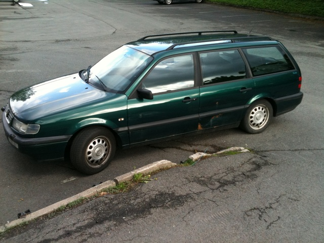 Picture of 1996 Volkswagen Passat