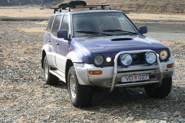 Picture of 2000 Nissan Terrano II