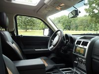 Picture of 2011 Dodge Nitro Detonator, interior