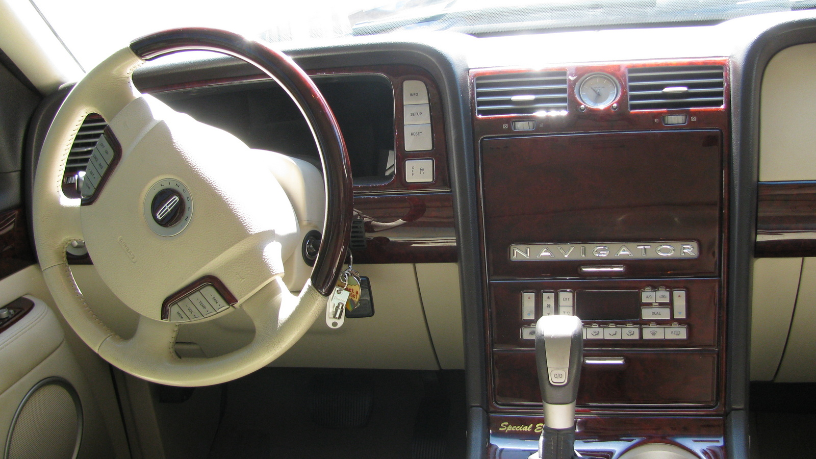 2003 Lincoln Navigator Pictures Cargurus