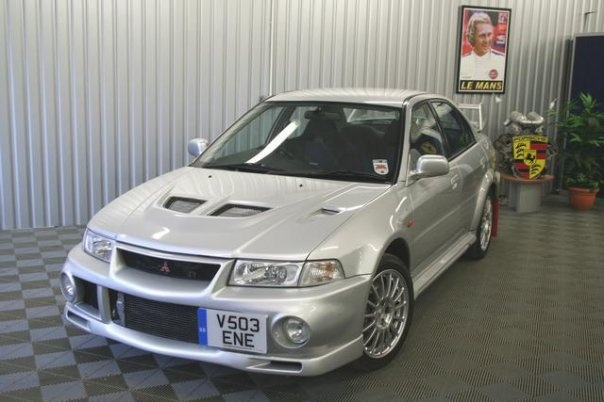 Picture of 1999 Mitsubishi Lancer Evolution