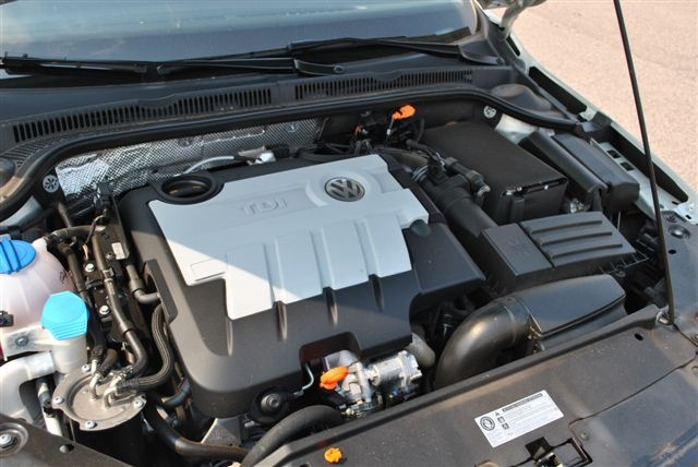 Picture of 2011 Volkswagen Jetta TDI, engine