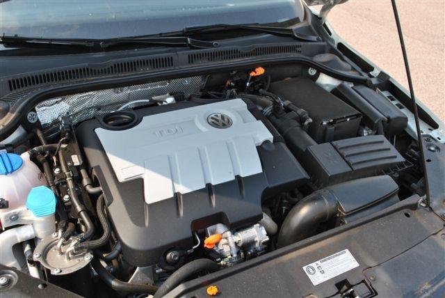 Picture of 2011 Volkswagen Jetta TDI, engine