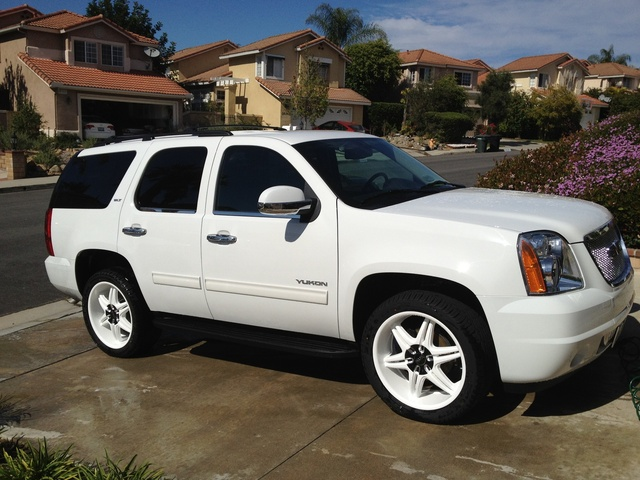 Picture of 2011 GMC Yukon Hybrid, exterior, gallery_worthy