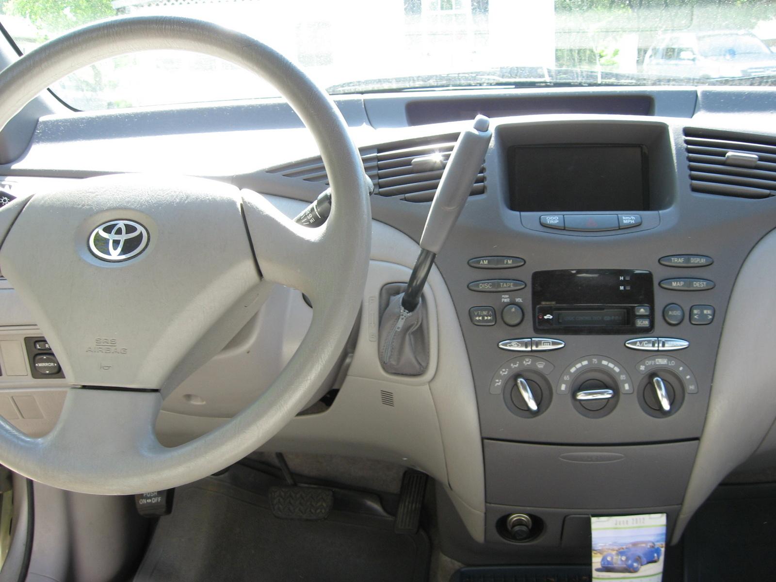 2002 Toyota Prius - Interior Pictures - CarGurus